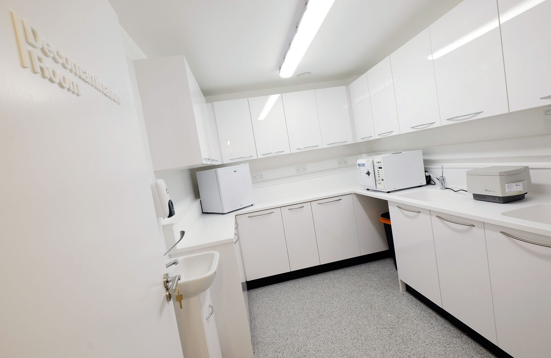 SmileStylist Dental Decontamination Room fit out